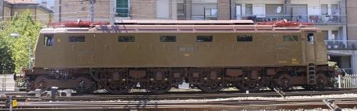 E428.202 a Trento nel 2011 - Foto © Mauro Crepaldi da TrainSimSicilia