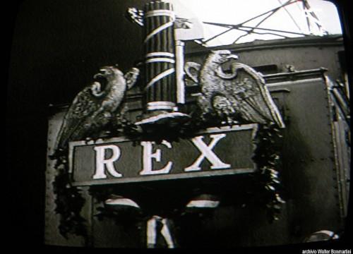 La E.428 in testa al treno che portò Hitler a Roma nel maggio 1938 - Foto © Walter Bonmartini da Flickr