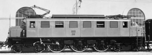 E.326.002 (prototipo) allo stato di origine
