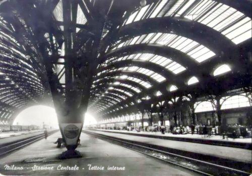 Interno di Milano Centrale, da una vecchia cartolina