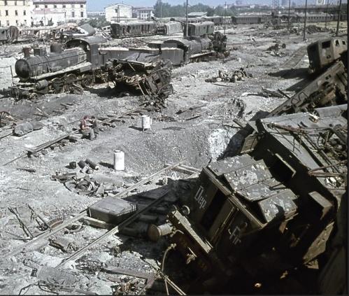 Firenze. Dettaglio di una foto tratta da marklinfan, originale probabilmente di Walter Hollnagel, fotografo ufficiale delle Ferrovie Tedesche.