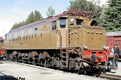 La 058 ripresa a Torino Smistamento mostra la nuova porta in metallo. Foto © Manuel Paa da www.trainsimsicilia.net