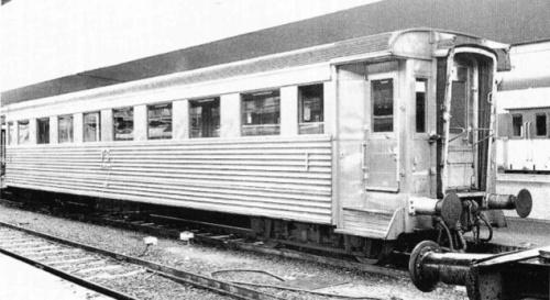 Az a Firenze nel marzo 1970. Foto F. Cherubini, , da Mondo Ferroviario 108