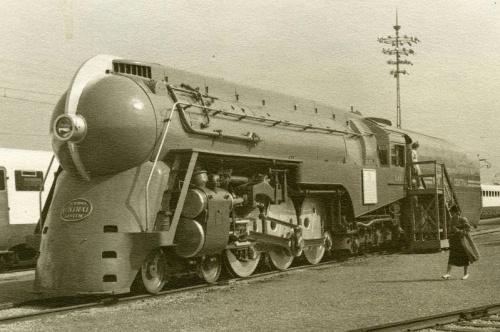 Una SuperHudson nell'agosto 1945, da born1945 su flickr