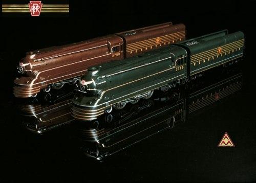 Due modelli in H0 mostrano i due schemi di coloritura adottati. Immagine da www.americanmodels.com
