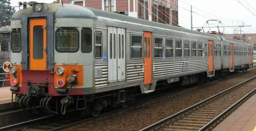 GTT 056 11 nel 2005 - FOto © Massimo RInaldi da www.railfaneurope.net/