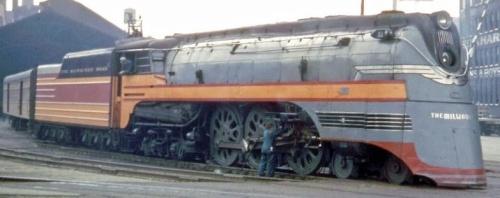 Immagine a colori di una F7  - si noti la dimensione delle ruote! Foto da forum.atlasrr.com