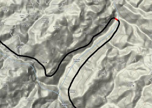 Percorso della ferrovia che risale la valletta prima di attraversarla sul ponte, e poi la ridiscende. Da www.highestbridges.com