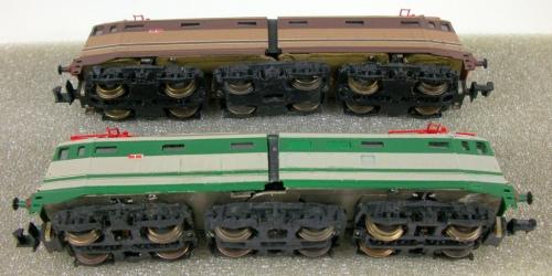 E.645 4 ed E.646 CLM - si possono notare le vitine di fissaggio che legano la cassa al telaio