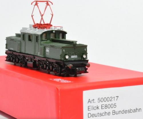Loco Art.5000217 - DB E 80 05 - Foto Frank Henschen dal forum di 1zu160.net