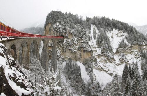 Vista invernale del viadotto © RhB, Andrea Badrutt da flickr