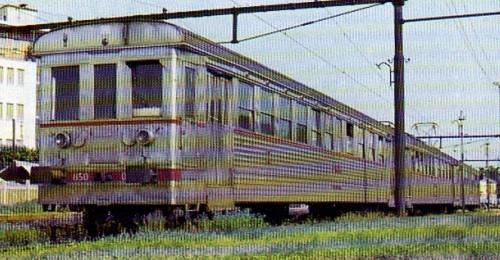 """Rarissima immagine a colori del """"Togliatti"""", ripreso da G.Cornolò a Novale nel maggio 1964. Da Tuttotreno n.61, Gen 1974."""