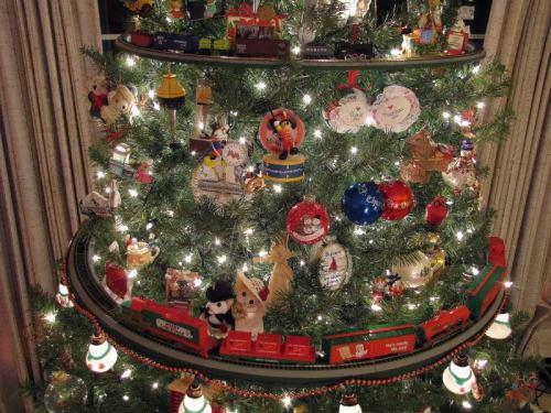 Dettaglio dell'albero di D.S.Smith, con gli anelli H0 e N. Foto da cs.trains.com