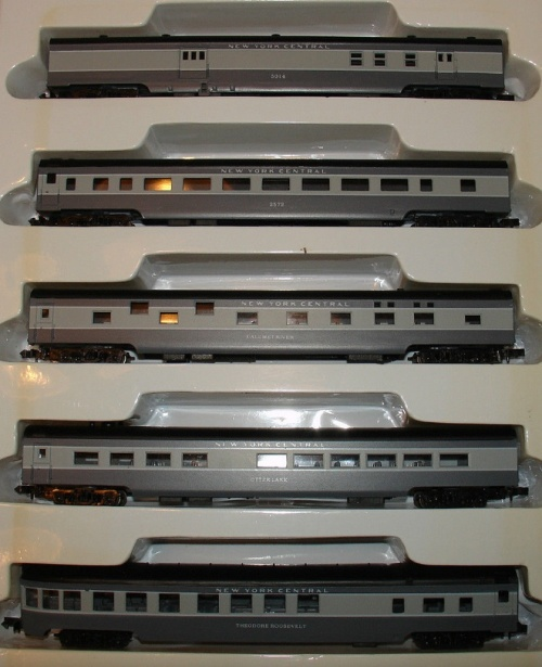 Con-Cor #0001-04003 New York Central 5 car passenger set NYC