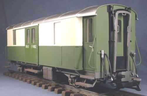 Un modello rende l'idea de Fü 4062 in livrea originaria, da http://www.buntbahn.de/modellbau