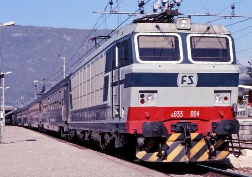 E.633.004 a Rovereto (TN) nel Febbraio '88. Foto © Maurizio Messa da flickr