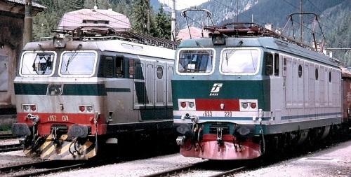 E652.074 in livrea originale e 633.220 in XMPR-1 Foto © J.L. (Hans) Stager da Reilpictures.net