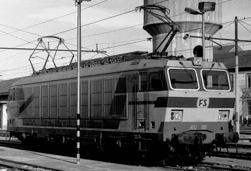 E632.001 a Milano Greco nel gennaio '82 - Foto © Alberto Perego tratta da un forum