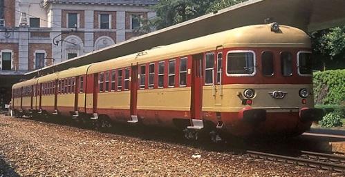 ALe.803 nel 1983 a Salsomaggiore - Foto © Paolini da photorail.com