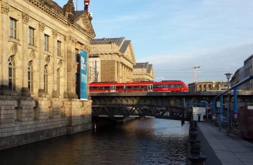 Regionalzug sulla Stadtbahn