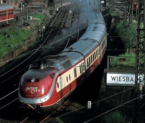 BR601 con la marcatura Intercity al posto della TEE. Foto da http://www.baureihe601.de