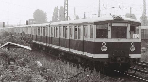 Wannseebahn 275.947  nel 1988 - foto © Thomas