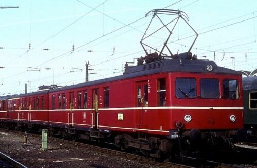 426.002 a Koblenz nel 1976 - Foto © Werner Brutzer da www.bahnbilder.de
