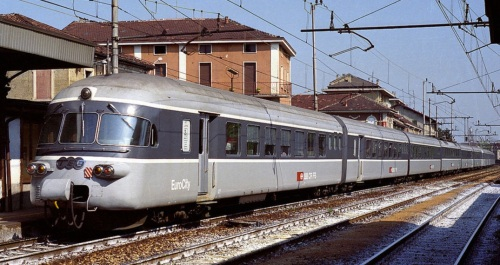 RABe a Legnano nel 1990 - Foto © Thomas Radice - Treni e dintorni da flickr