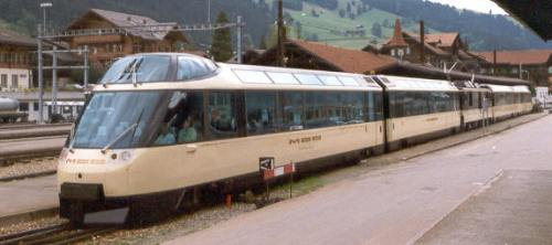 Crystal Panoramic Express a Zweisimmen nel luglio 1993, Foto Markus Giger da Wikimedia