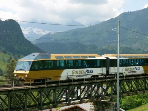 AST nel Goldenpass Panoramic - Gstaad 2005, Foto © 2005 C. Ozdoba da http://www.ozdoba.net/