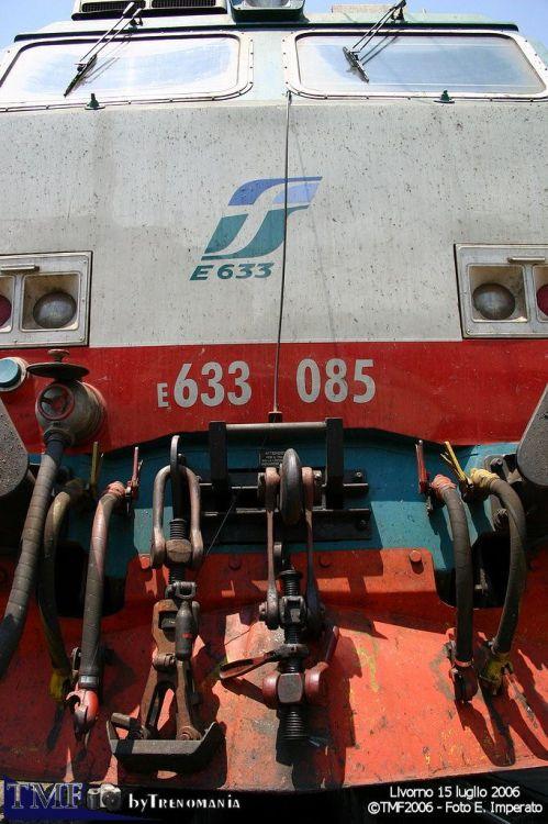 Maglia sganciabile su una E.633. Foto © Ernesto Imperato da trenomania.org