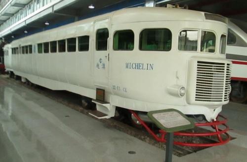 Una Micheline preservata nello Yunnan Railway Museum - foto © da unwindontheroad.wordpress.com