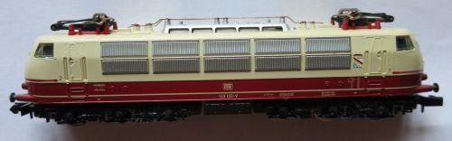 Arnold 2152, modello della 103 150-9 celebrativa dei 150 anni delle ferrovie tedesche - foto da ebay