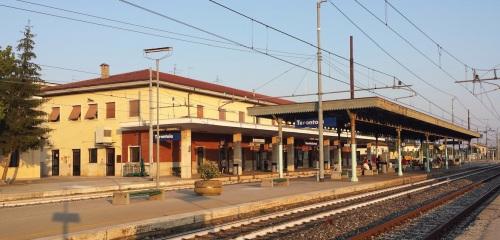 Stazione e pensilina