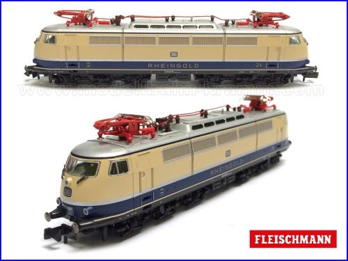 """La 103 """"Rheingold"""" museale di Fleischmann - foto da http://www.modellbahn-kramm.com/"""
