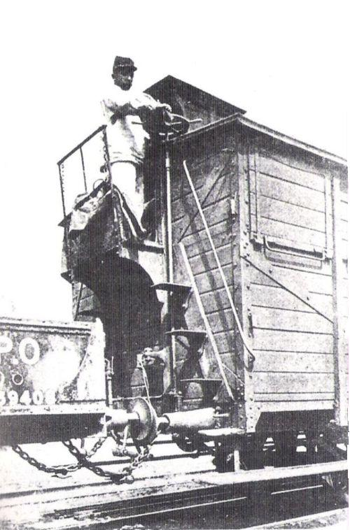 Frenatore. Foto da Marklinfan.com, originale da: I grandi treni dal 1830 ai giorni nostri / Clive Lamming / Edizioni Edison 1991