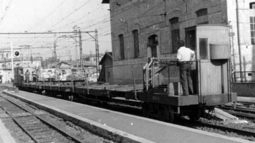 """Frenatore in coda a un convoglio delle """"Laziali"""" - foto © da www.tramroma.it"""