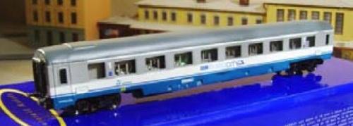 """Eurorail Models - GC di prima classe """"a compartimenti (si vedono le portine degli interni!)"""