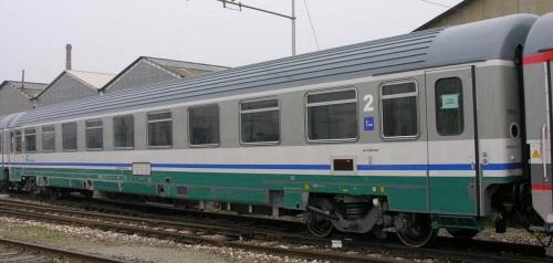 ECI Z1 ex 1a classe a Santhia nel febbraio 2007 - Foto © Massimo Rinaldi-da railfaneurope