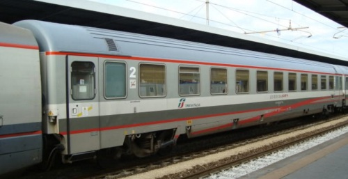 Eurofima di seconda classe in livrea ESCI - Foto © Marklar dal forum di ferrovia.it