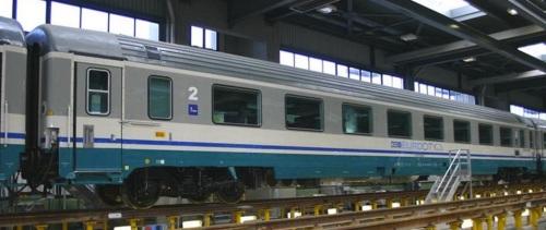 29-90 000-4 B, GC 1985 ex compartimenti nel gennaio 2006, lato ritirata, con le scritte ECI - Foto © Ernesto Imperato da trenomania.org