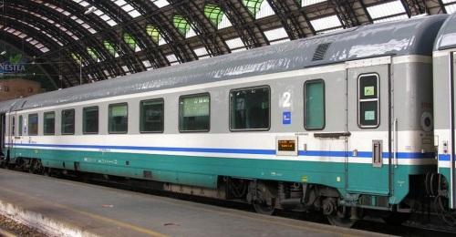29-90 006-6 B GC 1970 ex compartimenti, lato ritirata - Foto © Massimo Rinaldi-da railfaneurope