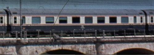 GC Compartimenti vista dal lato ritirata. Dattaglio da uno foto © Alberto Perego di un transito del TEE Adriatico a Giulianova nel 1978, da IlPortaleDeiTreni