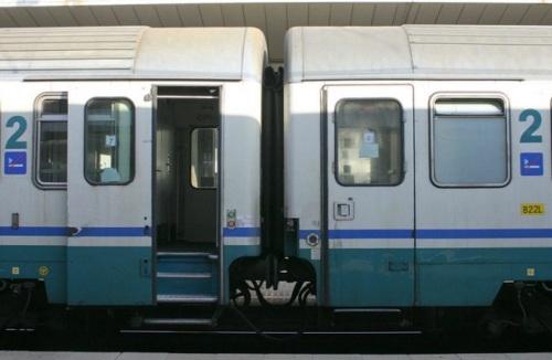 Confronto tra la Z1 (a sinistra) e la Eurofima a destra.
