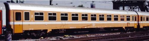 Carrozza di seconda classe Tipo I10 della SNCB - da un catalogo LS Models