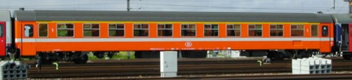 Carrozza di Prima classe Tipo I10 della SNCB - Foto da hwww.lsmodels.com