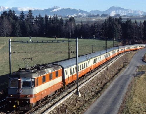 Il SwissExpress - Foto © Peter Alder da Mediawiki