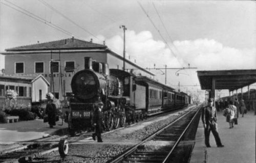 Stazione di Terontola negli anni '50. Foto da Maerklinfan.com