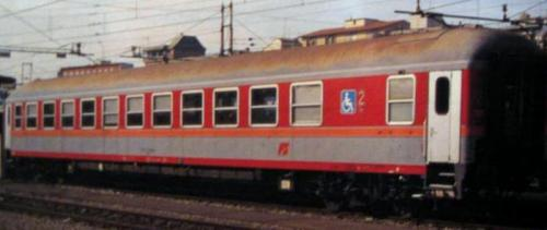 Prototipo a salone 22-79-999 nBH in livrea navetta MD