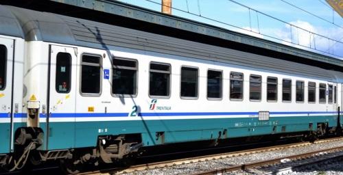 61 83 29-90 819-7 , progetto IC270, lato ex corridoio, Foto © Russo VIncenzo da www.fotoferrovie.info
